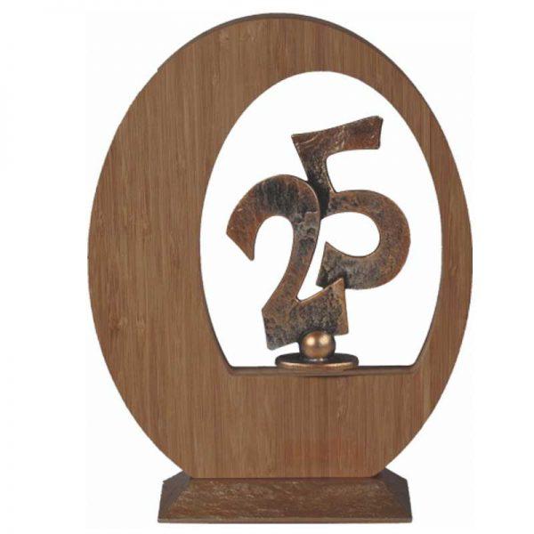 houten sculptuur 25 jarig jubileum voet